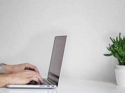 Eines i recursos per a la docència en línia