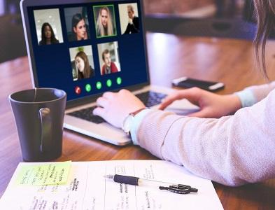 Suport a la docència en línia des de les Àrees d'Estudis