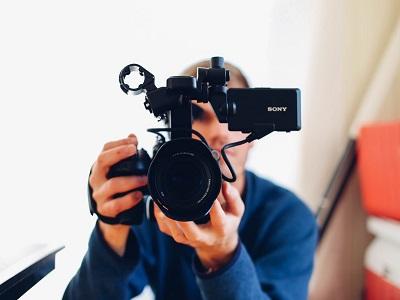 Vull fer un vídeo docent. Com ho faig?